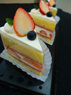 ショートケーキカット3